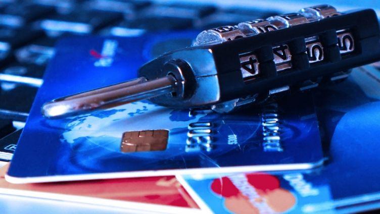 Detectamos una extensión activa desde febrero en Chrome Web Store que roba tarjetas de crédito