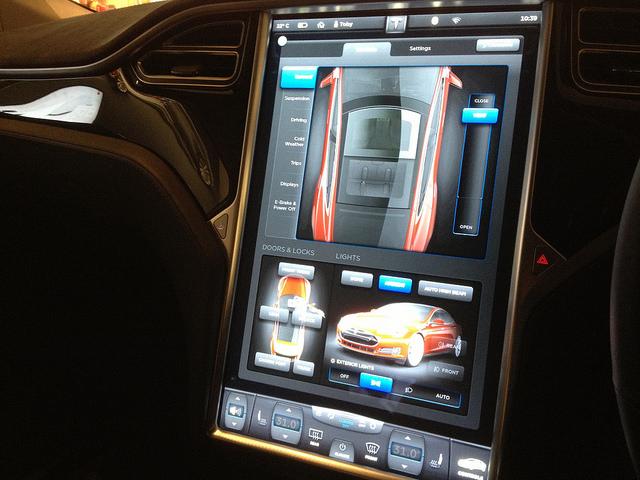 coches-definidos-por-software