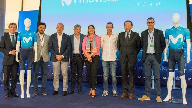 Presentación de la nueva equipación Movistar Team 2018.