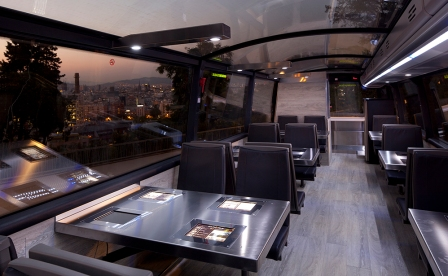 Gourmet Bus_interior_Picture by Frederic Camallonga