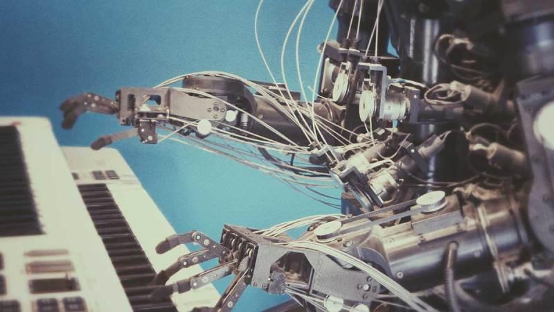 Robots con inteligencia artificial: aprende sobre su desarrollo | Thinkbig