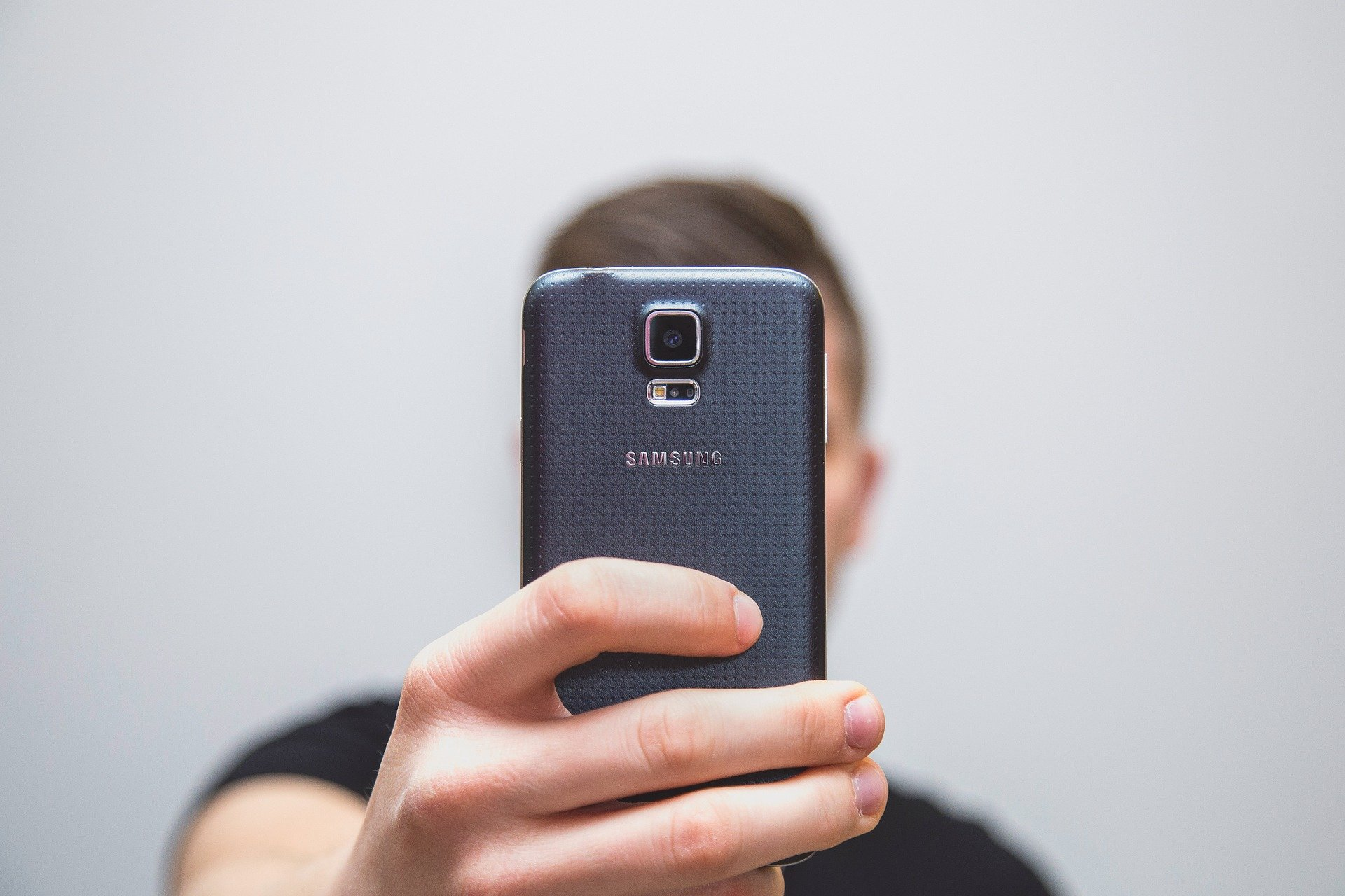 Suplantación con un selfie y Deep Learning